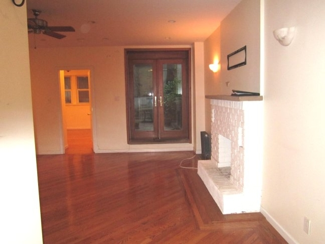 2BR at 87th off Central Park West - Photo 1
