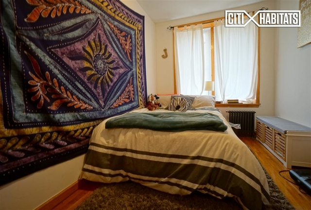 2 Bedrooms, Yorkville Rental in NYC for $2,350 - Photo 2