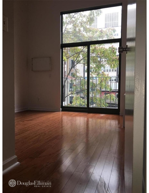 2 Bedrooms, Gramercy Park Rental in NYC for $3,790 - Photo 2
