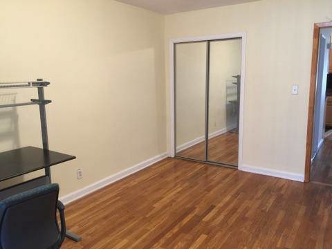 Room, Flushing Rental in NYC for $950 - Photo 2