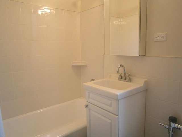1BR at 88th at 3rd Avenue - Photo 7