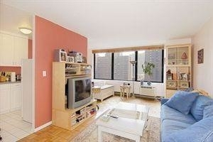 Studio, Upper East Side Rental in NYC for $2,460 - Photo 2