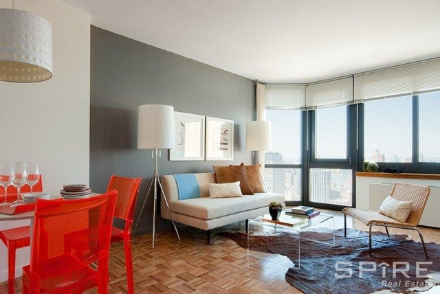 2 Bedrooms, Tribeca Rental in NYC for $4,900 - Photo 2