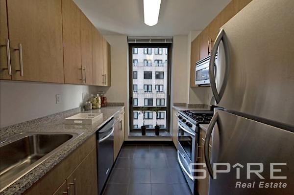 1 Bedroom, Financial District Rental in NYC for $3,275 - Photo 2