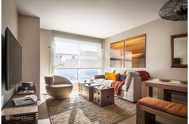 2 Bedrooms, Chelsea Rental in NYC for $6,080 - Photo 1