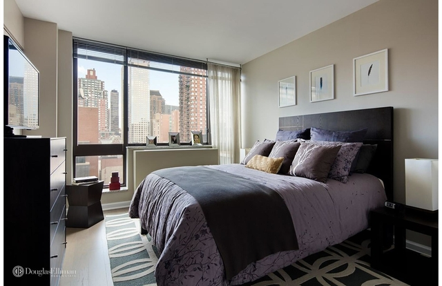 2 Bedrooms, Greenwich Village Rental in NYC for $7,745 - Photo 2