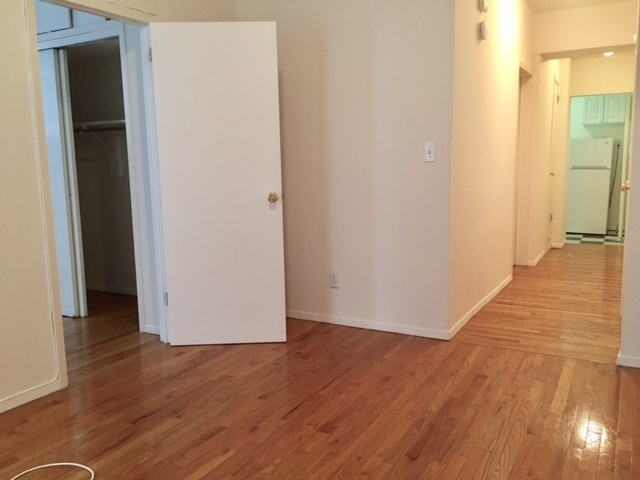 2BR at 10th st/6th/5th ave - Photo 1