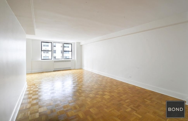2 Bedrooms, Yorkville Rental in NYC for $5,325 - Photo 1