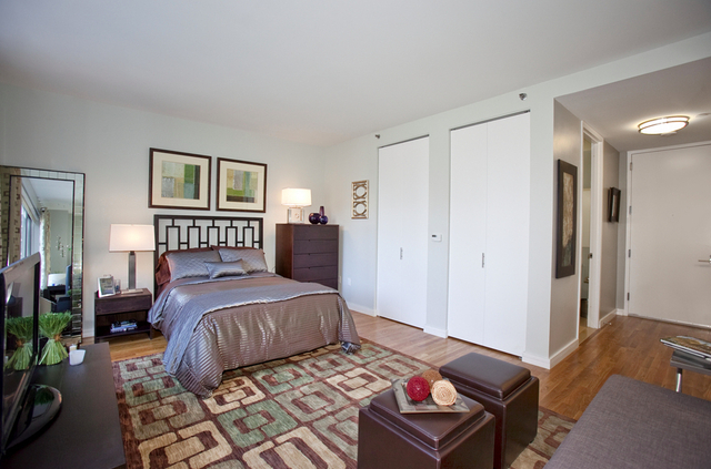 3 Bedrooms, Tribeca Rental in NYC for $5,000 - Photo 1