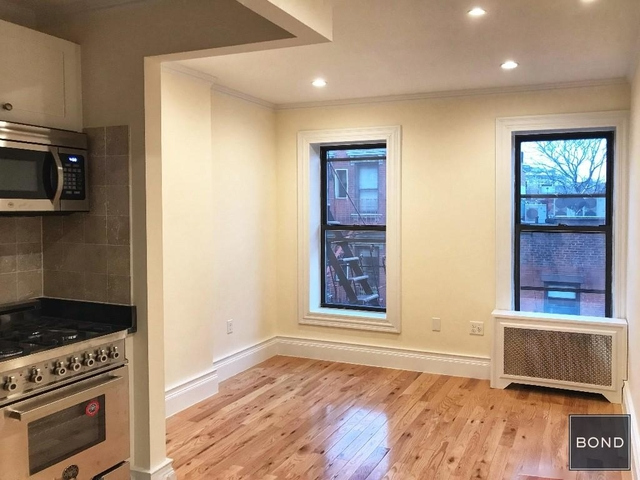 2 Bedrooms, West Village Rental in NYC for $3,400 - Photo 1