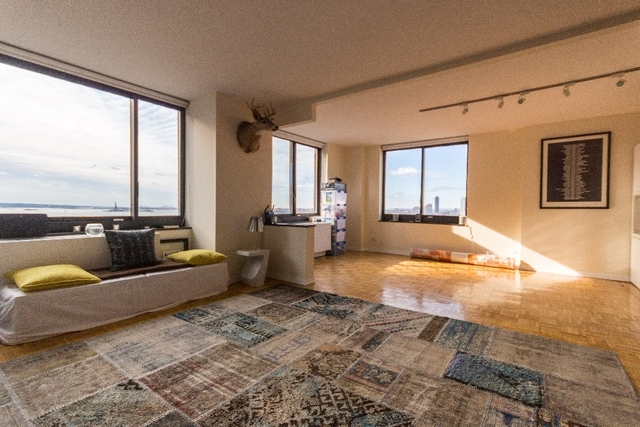 3 Bedrooms, Battery Park City Rental in NYC for $6,000 - Photo 1