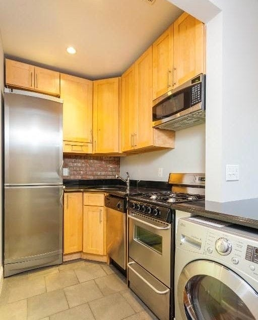 Studio, Turtle Bay Rental in NYC for $2,233 - Photo 2