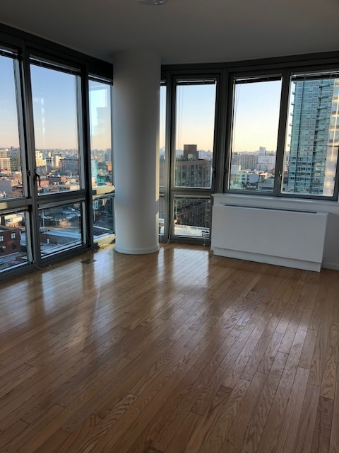 Studio, Hunters Point Rental in NYC for $2,795 - Photo 2