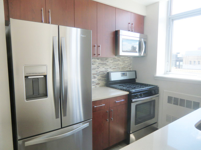 2 Bedrooms, Chelsea Rental in NYC for $4,751 - Photo 2