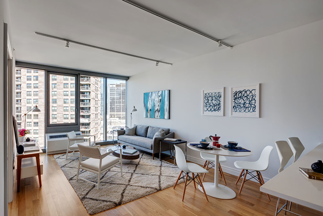 Studio, Hell's Kitchen Rental in NYC for $3,341 - Photo 2