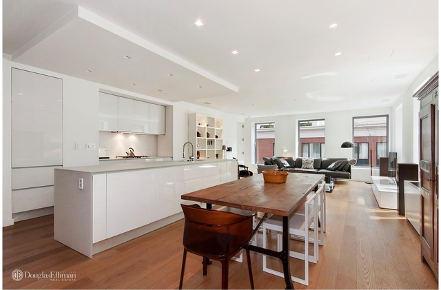 2BR at 1 York St - Photo 1