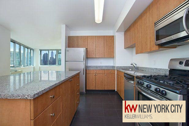 3 Bedrooms, Hunters Point Rental in NYC for $4,650 - Photo 2