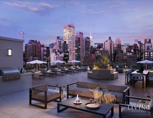 3 Bedrooms, Hell's Kitchen Rental in NYC for $7,500 - Photo 1