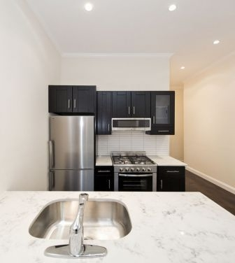 2 Bedrooms, Williamsburg Rental in NYC for $3,660 - Photo 2
