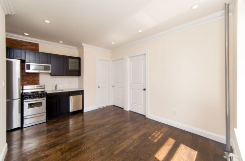 3 Bedrooms, East Williamsburg Rental in NYC for $3,193 - Photo 2