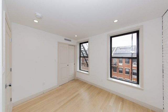 4 Bedrooms, Bowery Rental in NYC for $7,000 - Photo 2