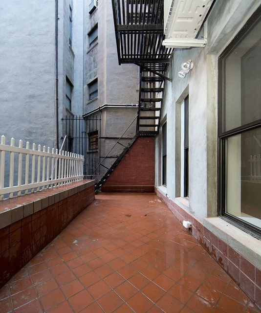 5 Bedrooms, East Village Rental in NYC for $7,765 - Photo 1