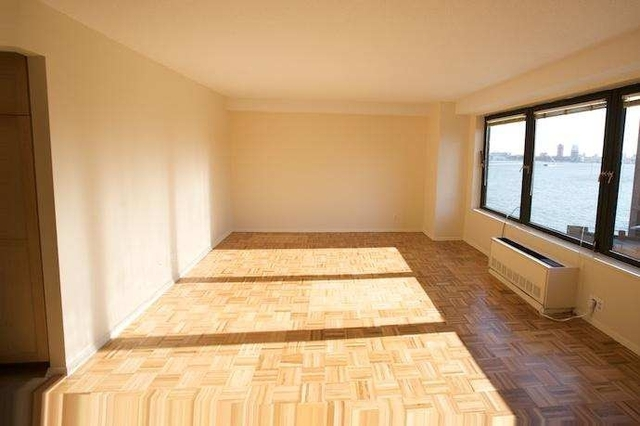 3 Bedrooms, Gramercy Park Rental in NYC for $5,000 - Photo 1