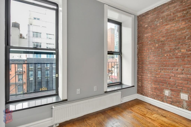 2 Bedrooms, East Village Rental in NYC for $5,395 - Photo 2