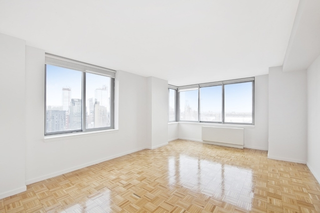 3 Bedrooms, Theater District Rental in NYC for $4,295 - Photo 1