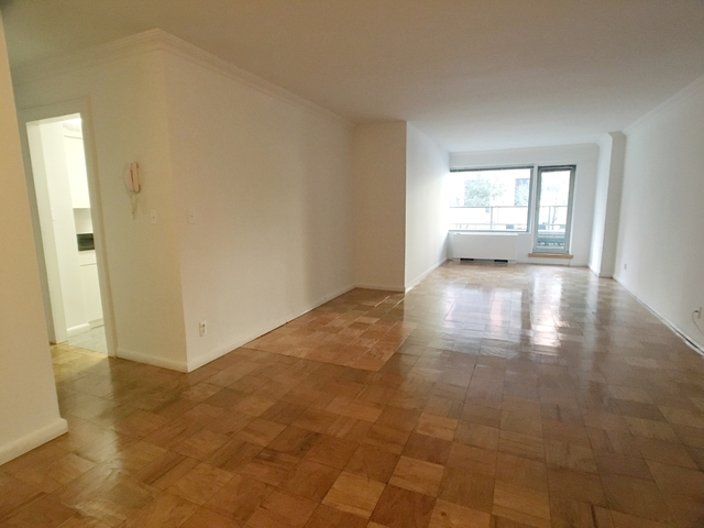 2 Bedrooms, Upper East Side Rental in NYC for $3,850 - Photo 1