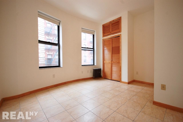Studio, Two Bridges Rental in NYC for $3,600 - Photo 2