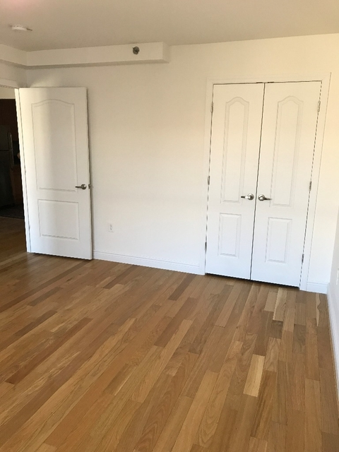 1 Bedroom, Belmont Rental in NYC for $1,600 - Photo 2