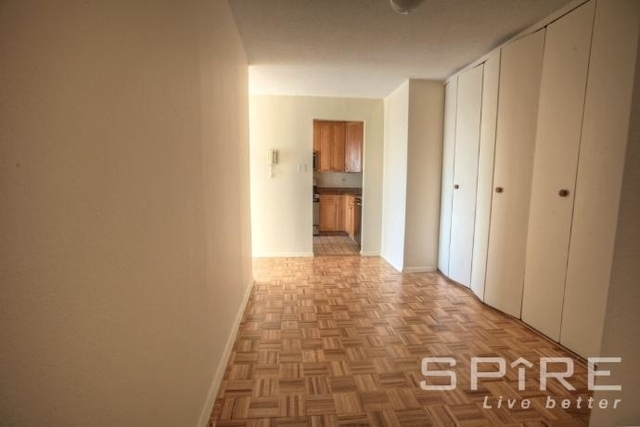 3 Bedrooms, Kips Bay Rental in NYC for $4,790 - Photo 2