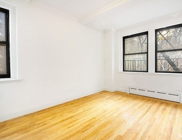 3 Bedrooms, Tudor City Rental in NYC for $4,750 - Photo 2