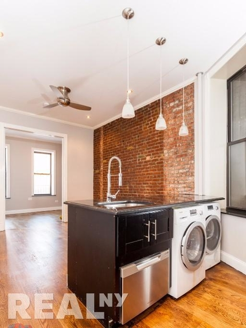 2 Bedrooms, Alphabet City Rental in NYC for $3,387 - Photo 1