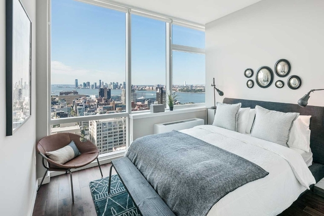 2 Bedrooms, Chelsea Rental in NYC for $6,142 - Photo 1