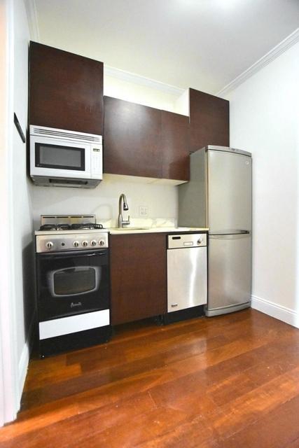 2 Bedrooms, NoLita Rental in NYC for $3,000 - Photo 2