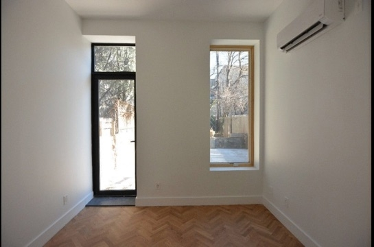 3 Bedrooms, USA Rental in  for $6,100 - Photo 2