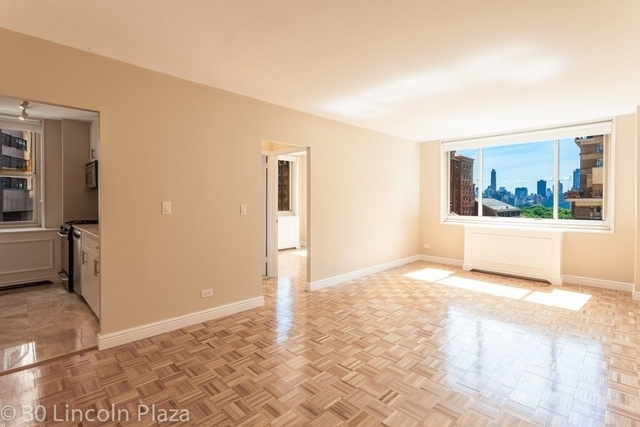 2 Bedrooms, Lincoln Square Rental in NYC for $5,955 - Photo 2