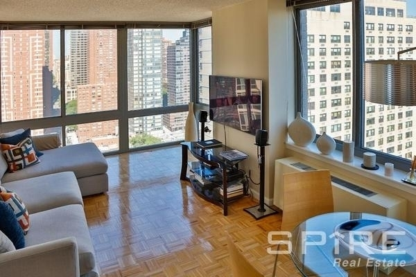 1 Bedroom, Yorkville Rental in NYC for $3,590 - Photo 1