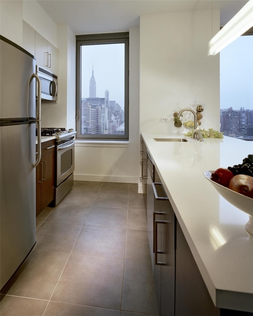 1 Bedroom, Chelsea Rental in NYC for $3,425 - Photo 1