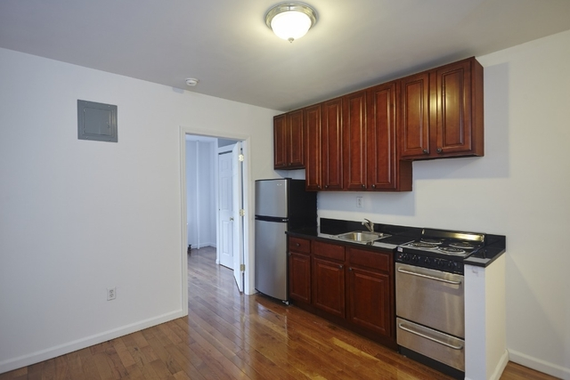 1 Bedroom, SoHo Rental in NYC for $2,923 - Photo 2