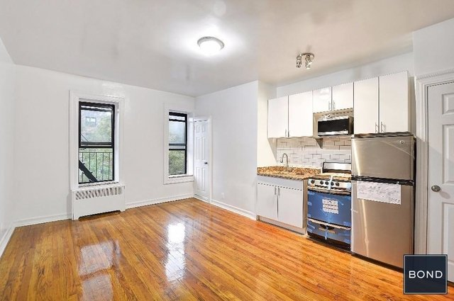 Studio at East 108th Street - Photo 1