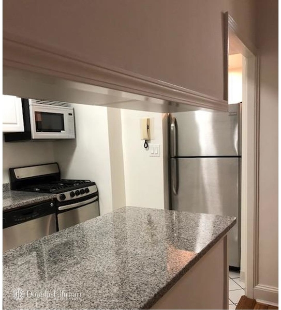 Studio, Sutton Place Rental in NYC for $2,849 - Photo 2