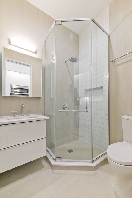 2 Bedrooms, SoHo Rental in NYC for $4,688 - Photo 2