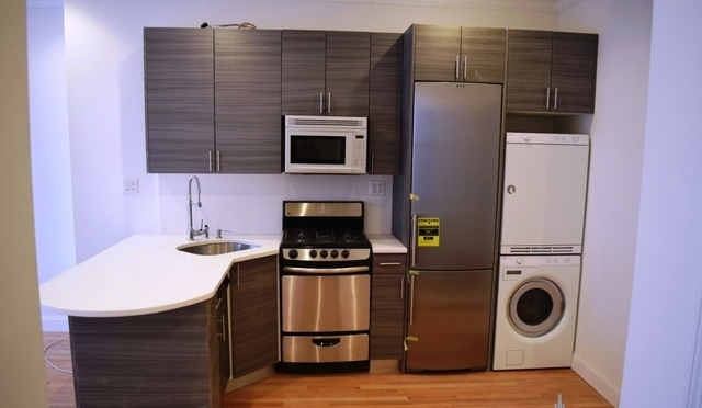 2 Bedrooms, Little Italy Rental in NYC for $5,400 - Photo 2