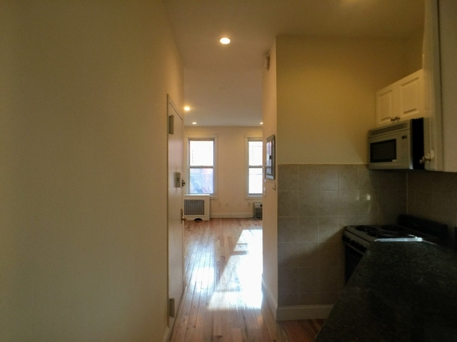 Studio, Gramercy Park Rental in NYC for $2,000 - Photo 2
