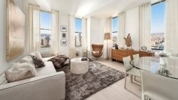2 Bedrooms, Financial District Rental in NYC for $5,469 - Photo 2