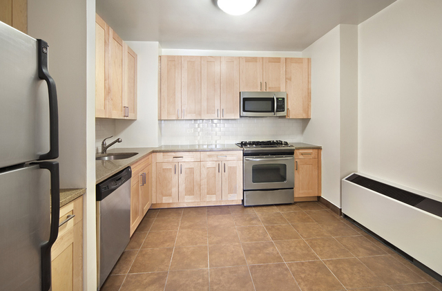 2 Bedrooms, Battery Park City Rental in NYC for $5,250 - Photo 2