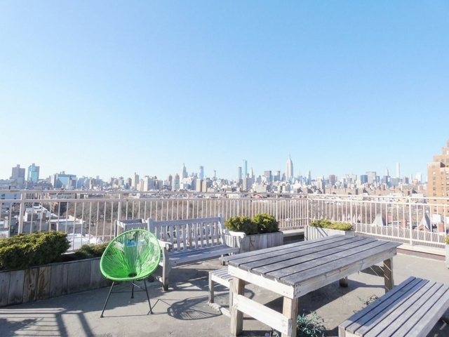 3 Bedrooms, Alphabet City Rental in NYC for $4,230 - Photo 2